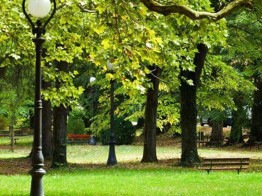 Старозагорски Бани разходка в парка